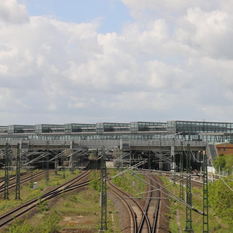 berlin-suedkreuz-bahnhof-sx009