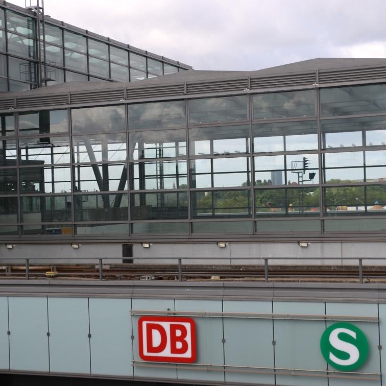 berlin-suedkreuz-bahnhof-sx018