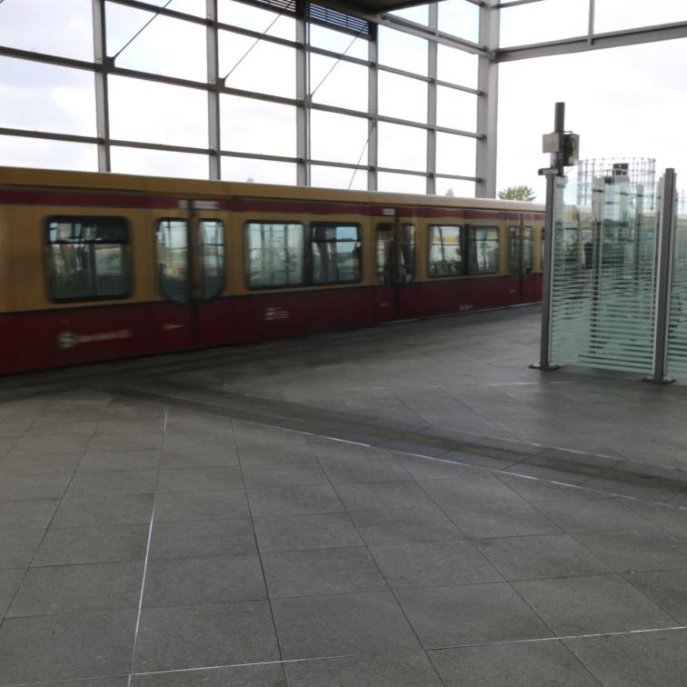 berlin-suedkreuz-bahnhof-sx060