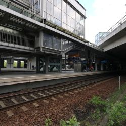 berlin-suedkreuz-bahnhof-sx069