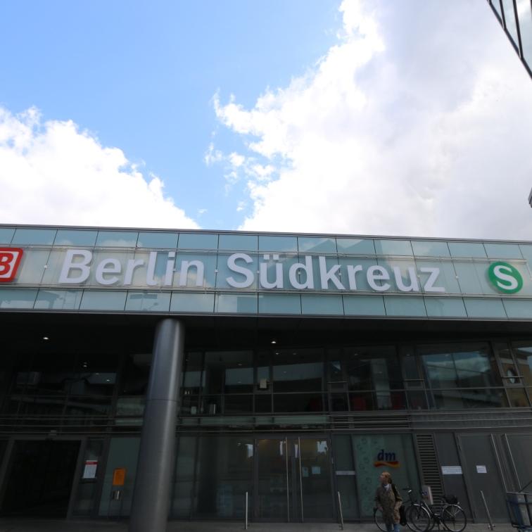 berlin-suedkreuz-bahnhof-sx071