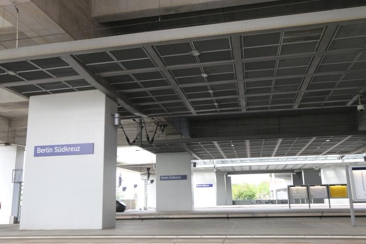 berlin-suedkreuz-bahnhof-sx075
