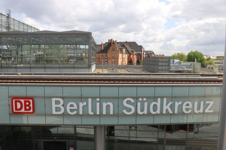 berlin-suedkreuz-bahnhof-sx088